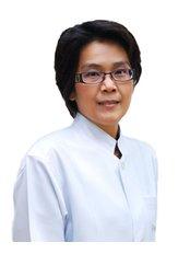 Dr Piyathida Sangbuakaew - Dentist at Perfect Smile Dental Clinic