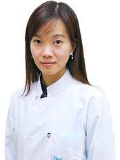 Dr Suladda Sirisubpaiboon - Dentist at Perfect Smile Dental Clinic