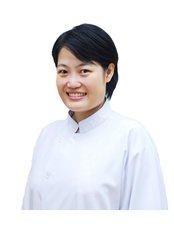 Dr Siripen Sringkarnboriboon - Orthodontist at Perfect Smile Dental Clinic