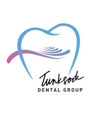 Prinya Dental Clinic - 3029 Lardprao 109, Bangkapi, Bangkok,  0