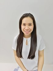 Miss Siwatorn Thawiworadilok - Dentist at Teerachai Dental Clinic