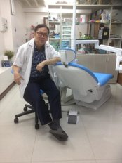 Mr Teerachai Thawiworadilok - Dentist at Teerachai Dental Clinic