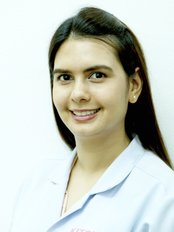 Dr Sivaporn Sachdev - Dentist at Kitcha Dental Clinic