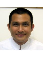 Dr Supachai Suphankul - Doctor at Dental Point Clinic -  Pattaya second road