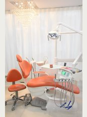 Thai Smile Dental Clinic by Dr.Nan @ Jomtien Beach, Pattaya