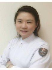Dr Bo Pimorn - Dentist at The Dental Design Center