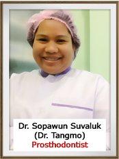 Dr Sopawun Suvaluk - Dr.Tangmo Dental Clinic
