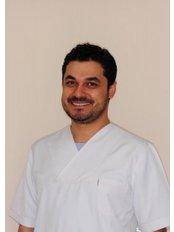Dr Umut Toklu -  at Özel EROL TOKLU Ağız ve Diş Sağlığı Polikliniği
