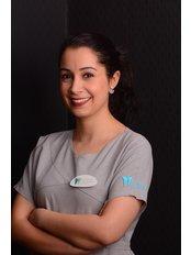 Dr. Hatice Betül  SAYLAR - Zahnärztin - Dental Estetik Center - Dr. Güzin Kirsaçlioğlu