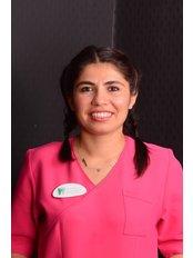 Frau Fidan Taçyildiz - Zahnarzthelferin - Dental Estetik Center - Dr. Güzin Kirsaçlioğlu