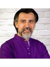 Dr Kerem Aşkın - Dentist at Exclusive Dental Turkey