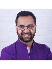 Dr Vugar Fazalıyev - Dentist at Exclusive Dental Turkey
