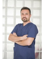 Dr. Bayram Sivri - Zahnarzt - Hurma Zahngesundheitszentrum