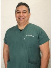 Dr Hüseyin Gürel - Dentist at Private Panoramik Oral and Denal Clinic - Palm Branch