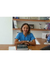 Dr. Nazife DURMUS YILDIZ, Dentist - Dentist at Sirinyali Dental Clinic Antalya