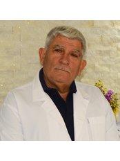 Hasan Simsek - Dentist at Side Diş