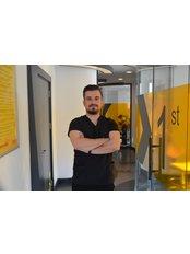 Dr Egemen  Özdemir - Dentist at Mono Dent - Türkmen