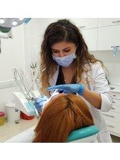 Dr Habiba GHAFOURI - Dentist at Akva Dental Clinic