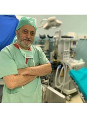 Dr Muhyettin YILMAZ - Dentist at Akva Dental Clinic
