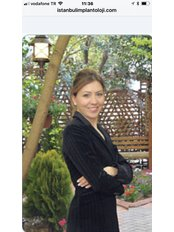 Dr Özlem Yücel - Doctor at Dr.Dt Tolga Gülçiçek  / Advance Implantology  & Esthetic Dentistry  / Oral and Maxillofacial Surgeon