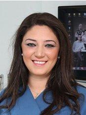 Dr. Ani Tunc - Zahnärztin - Confident Istanbul