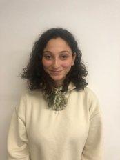 Ms Yaren OKSUZ - Consultant at MedAssist