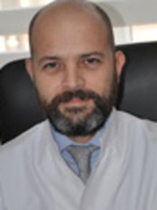Dr. Ismet kazim yazici - Arzt - Rumeli Medical Center