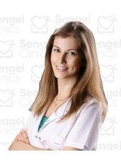 Dr Süeda  doğ - Dentist at Sengel clinics