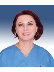 Dr. Laçin Berber Nergis -  - Universaldent Zahnklinik