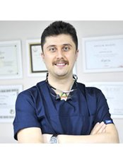 Dr Aykut Kosun - Dentist at Diş 212 - Dental Aesthetic Facility