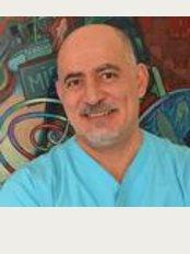 Diş Doktoru Cem Dundar - Bağdat Cd. No: 222 D:4, Çiftehavuzlar - Kadikoy, Istanbul, 34728,