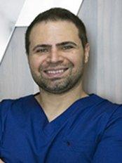 Dr Mehmet Kazandi - Dentist at Plusdent Diş Estetiği Merkezi