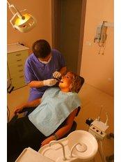 Dentist Consultation - Plusdent Diş Estetiği Merkezi
