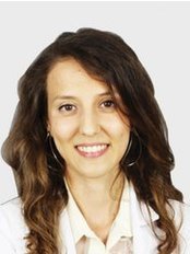 Dr. Selin KORAMAZ - Zahnärztin - Dentaydın - İstanbul Aydın Üniversitesi