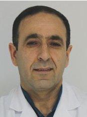 Dr. Ibrahim KASEBDANENDE - Zahnarzt - Dentaydın - İstanbul Aydın Üniversitesi