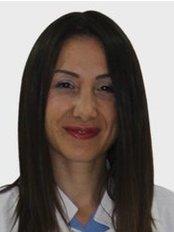 Dr. Ferda PAMUK - Zahnärztin / Praxispartnerin - Dentaydın - İstanbul Aydın Üniversitesi