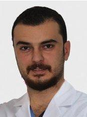 Dr. Ahmet Taylan ÇEBI - Zahnarzt - Dentaydın - İstanbul Aydın Üniversitesi