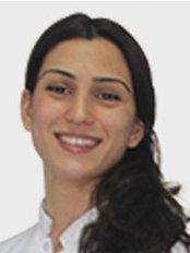 Dr. Fatma YILDIRIM - Zahnärztin / Praxispartnerin - Dentaydın - İstanbul Aydın Üniversitesi