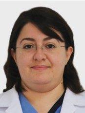Dr. Meryem Gülce SUBASI - Zahnärztin / Praxispartnerin - Dentaydın - İstanbul Aydın Üniversitesi