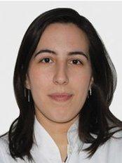Dr. Aliye Ceren ÜRGÜN - Zahnärztin - Dentaydın - İstanbul Aydın Üniversitesi