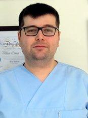 Dr Dogaç Saltan - Dentist at Halil Uyar Diş Kliniği
