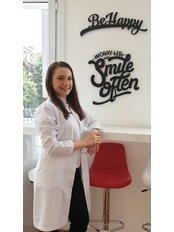 Miss Gulsah  Dulger Batar - Dentist at CAPA Cerrahi Estetik Dental Clinic