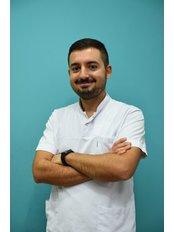 Mr Serhan Okutan - Orthodontist at CAPA Cerrahi Estetik Dental Clinic