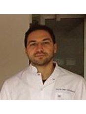 Dr Alp Kaan Öztoprak - Oral Surgeon at Dentapolitan