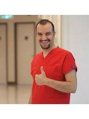 Dr Veysel Bilge - Dentist at Denthub