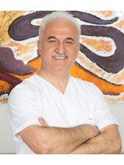 Dr Ahmet Unal - Dentist at Istanbul Dentestetik