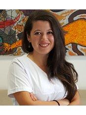 Dr Gozde Ceken - Orthodontist at Istanbul Dentestetik