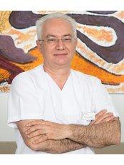 Dr. Deniz Sinan Tolga - Zahnarzt - Istanbul Dentestetik