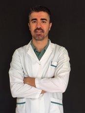 Dr. Uğur Ağar - Kieferorthopäde - Diş Dünyası