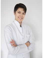 Ms Yasemin Ozdemir - Dentist at Artmedtour / Art Dental Clinic